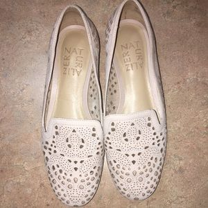 NATURALIZER SIZE 4 TAN LEATHER FLAT SHOES-LIKE NEW